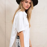 Urban Renewal Mandarin-Collar Side-Slit Shirt - Urban Outfitters