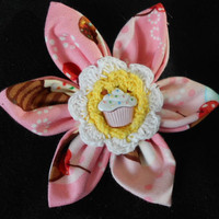 Sweet Cupcake Collar Flower for Dogs and Cats by hatz4brats