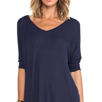 Michael Lauren Dylan V-Neck Draped Tee in Navy