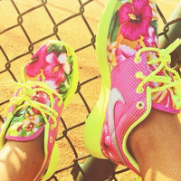 Pink / Neon Custom Roshe Run
