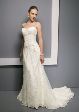 Romantic Mermaid Strapless Wedding Dress Bridal Gown With Applique