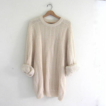 vintage oversized sweater. natural off white pullover sweater.