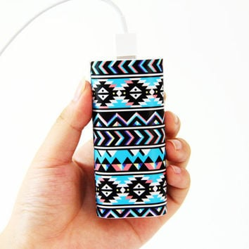 Tribal Ethnic Pattern Power Bank Charger for iPhone and
