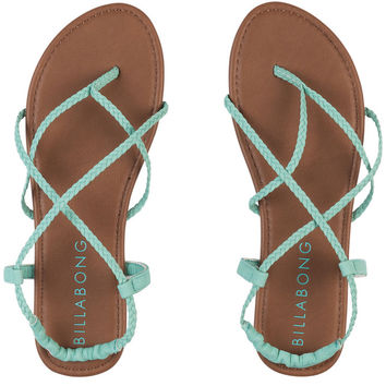 CROSSING OVER SANDALS
