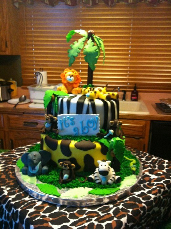 Party ideas jungle safari baby shower from for Baby shower decoration safari