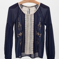 Gimmicks By BKE Embroidered Top