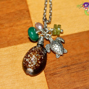 Hawaii Seashell Necklace - Sea Turtle Jewelry from Hawaii - Hawaiian Shell Necklace - Beach Boho Jewelry - Sea Turtle Necklace Shell Jewelry