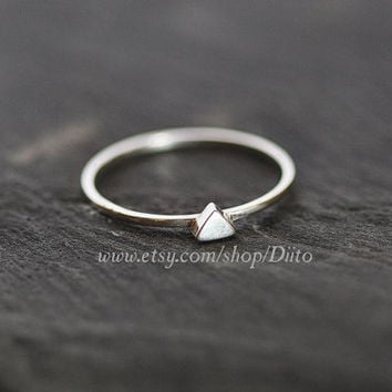 Size 7, Sterling Silver, Handmade Jewelry, Triangle (Faux silver stone) Ring, Thin Rings, Simple Rings, Geometric, Ready To Ship!