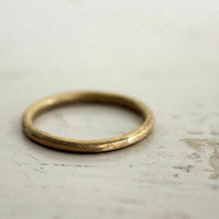 Gold wedding band 18k Rustic love A gold ring Sophie by SundayOwl