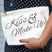 'Kiss And Make Up' Bag Pouch