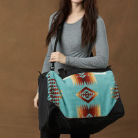 Kraff's Coach Bag, Chief Joseph, Aqua