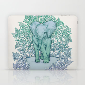 Emerald Elephant in the Lilac Evening Laptop   iPad Skin