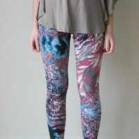 Leggings Splatter galaxy print Pink blue and grey by birdapparel