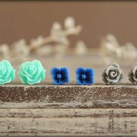Flower Earring Studs Trio Aquamarine Scrunch by saffronandsaege