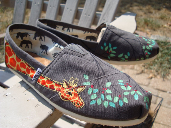 giraffes hand painted on TOMS shoesmade to order by ArtfulSoles
