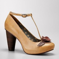 FOSSIL?- Shoes Heels:Womens Flora T-Strap High Heel Pump FFW4060