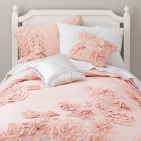 Fresh Cut Floral Girls Bedding in Girls Bedding | The Land of Nod