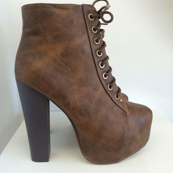 Cila Booties Tan
