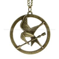 Mockingjay pendant necklace with Katniss arrow inspired by mosnos