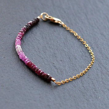 Ruby Bracelet - Ombré effect - Gold filled chain - Boho Bracelet