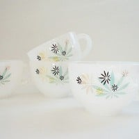 4 White Milk Glass Tea Cups Maple Leaf design by vintagebiffann
