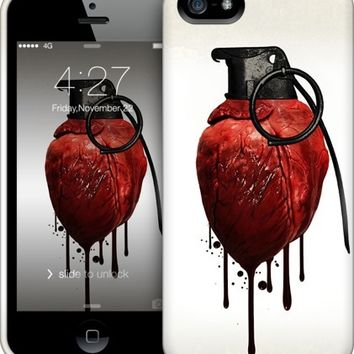 Heart Grenade iPhone by Nicklas Gustafsson | Nuvango
