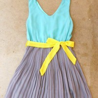 Clearwater Colorblock Dress in Mint : Vintage Inspired Clothing & Affordable Summer Dresses, deloom | Modern. Vintage. Crafted.