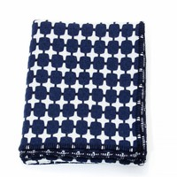 Trunk | Eleanor Pritchard | 525 Line Blanket