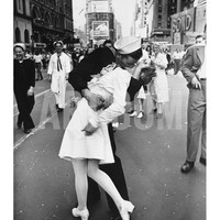 V-J Day in Times Square Art Print by Alfred Eisenstaedt at Art.com