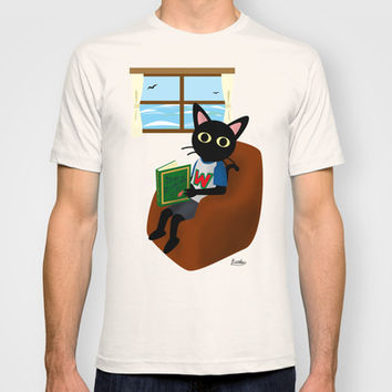 Reading a book T-shirt by BATKEI