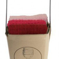 Dishcloth in basket: Shades of Red - The Vitrine