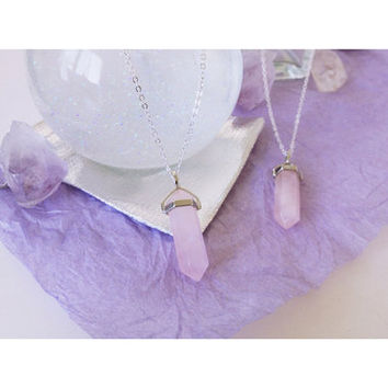 Dreamy Rose Quartz Point Neckjewel