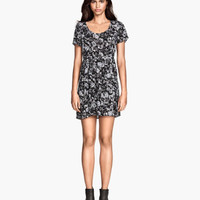 H&M Crinkled dress $29.95