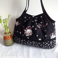 Japanese Kimono Pattern Granny bag purse bouquet black by MofLeema