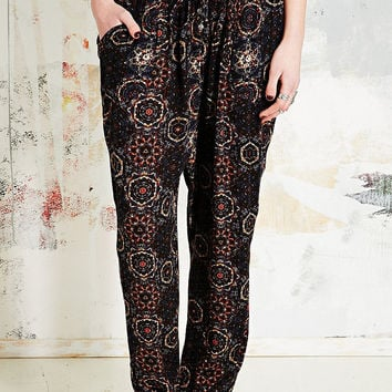 Staring at Stars Printed Relaxed Trousers - Urban Outfitters