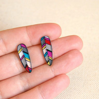 Feathers studs earrings by lacravatteduchien on Etsy