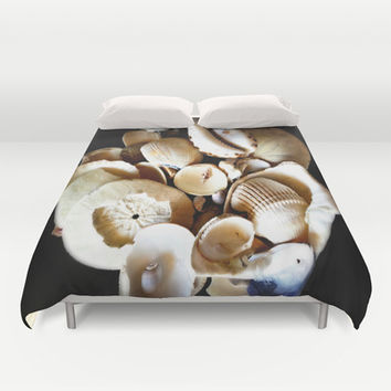I feel summer creepin' in ... Duvet Cover by DuckyB (Brandi)