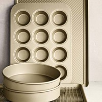 Williams-Sonoma Goldtouch® Nonstick 6-Piece Essentials Bakeware Set