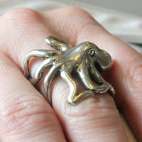 $85.00 Octopus Ring in Solid White Bronze by mrd74 on Etsy