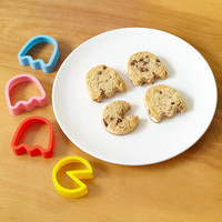 fredflare.com | 877-798-2807 | Pac-Man cookie cutters