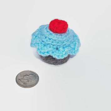 Special blend organic catnip, mini crochet plush cupcake cat toy