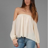 BOULEE > BOULEE Audrey Long Sleeve Top in Creme @ Singer22.com - Fashion Men's & Women's Online Clothing Store