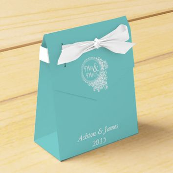 Aqua Mr & Mrs Personalized Wedding Favor Box