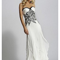 Buy discount Beautiful Elegant Chiffon Sheath Sweetheart Wedding Dress In Great Handwork at dressilyme.com