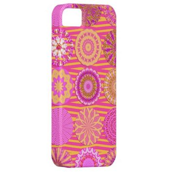 Kaleidoscope Fun, Pink-Yellow iPhone 5/5s Case