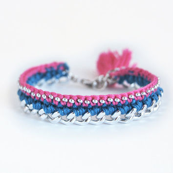 Blue and pink bracelet with chunky chain, crochet bracelet with beads, tassel bracelet, boho bracelet