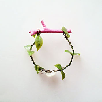 Pastel Pink Twig Bracelet, Natural Branch Bracelet, Nature Inspired, Pink, Rose, Neon, Lacquered Twig Bangle, Green leaves, Summer Trend