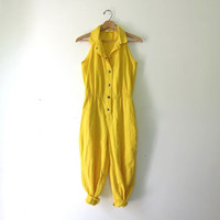 80s yellow PANTSUIT jumpsuit. Button front romper. Sleeveless jumpsuit. Collared Onesuit playsuit.
