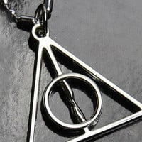 Harry potter Deathly Hallows Necklace by sweethearteverybody