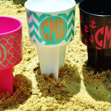 Beach drink holder, beach spike drink holder, Monogram beach spike,birthday gift,wedding favor, graduation,Personalized beach spike